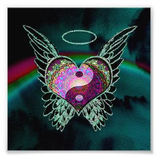 Yin Yang, alas del ángel, corazón y espacio Foto