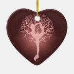 Yin yang, árbol de la vida, yoga, armonía adorno navideño de cerámica en forma de corazón