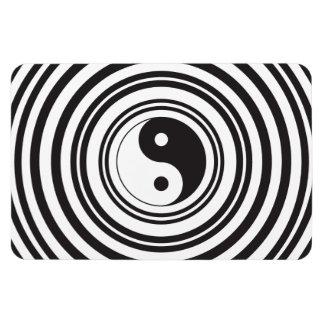 Yin Yang Black White Concentric Circles Pattern Rectangular Photo Magnet