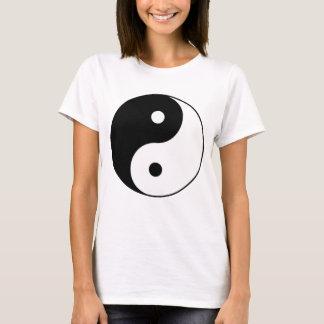 yin yang black white symbol T-Shirt