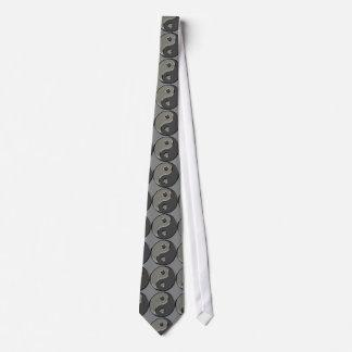 Yin Yang en 2 sombras de gris en el gris de Oslo Corbata