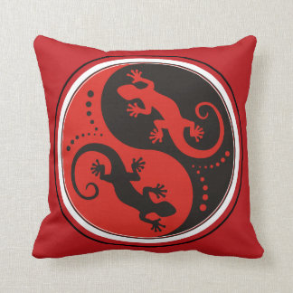 YIN & YANG Geckos black red + your background idea Pillow