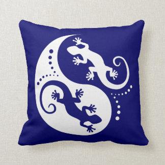 YIN & YANG Geckos white + your background & idea Pillow