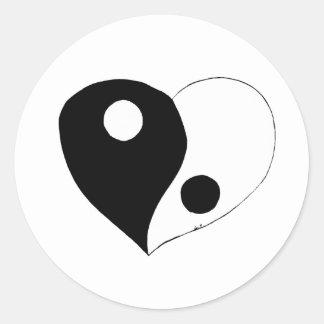 Yin Yang Heart (B/W) Classic Round Sticker