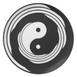 Yin Yang in Motion Plate
