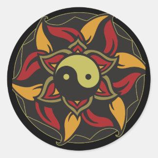Yin Yang Lotus floreciente Etiquetas Redondas