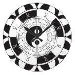 Yin Yang Madolin Clock