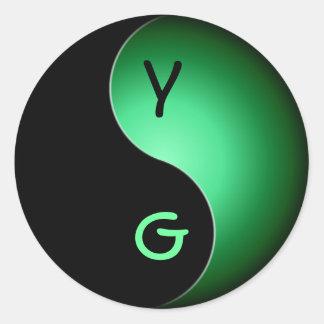 yin yang monogram - green classic round sticker