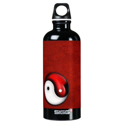 Yin Yang on red backround SIGG Traveler 0.6L Water Bottle