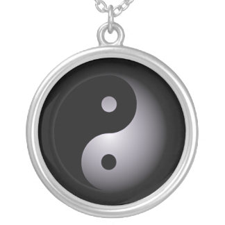 Yin yang round pendant necklace