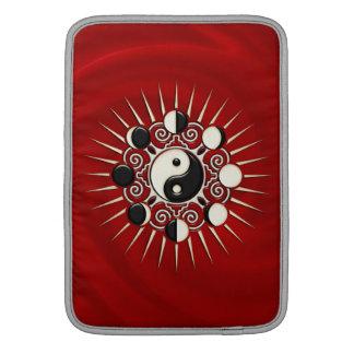 Yin Yang, Sun & Moon / Symbol - Polarity & Duality Sleeve For MacBook Air