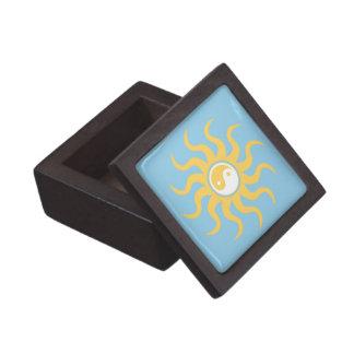 Yin yang sunshine gift box