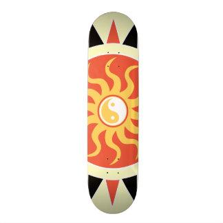 Yin yang sunshine skateboard