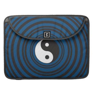 Yin Yang Symbol Blue Concentric Circles Ripples MacBook Pro Sleeve
