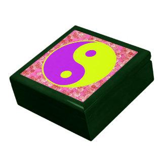 Yin Yang Symbol Daisy Flower Pattern Gift Boxes