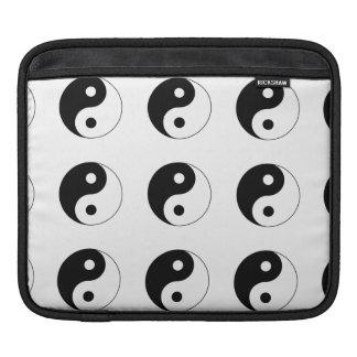 Yin / Yang Symbol iPad Sleeves