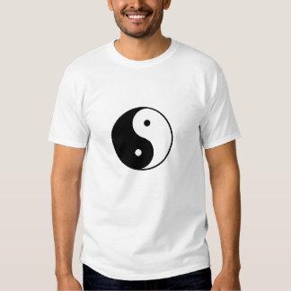 yin yang symbol t-shirt