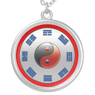 Yin Yang y collar de la plata esterlina de yo-Chin