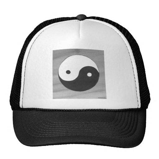 Yin Yang y diseño gris del símbolo Gorra