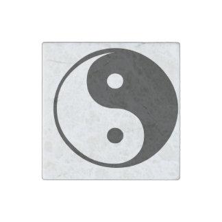 Ying yang, tao, arte chino de la energía, shui del imán de piedra