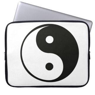 Ying yang,tao,chinese art of energy,feng shui laptop computer sleeves