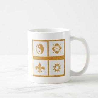 YinYang, Fleur de Lys - 4 Artistic Base Pallets Coffee Mug