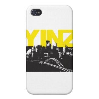 Yinz Pittsburgh iPhone 4 Carcasa