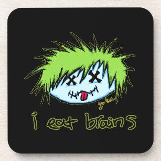 """""""yo como el zombi del tipo de los cerebros"""" (en fo posavasos de bebida"""