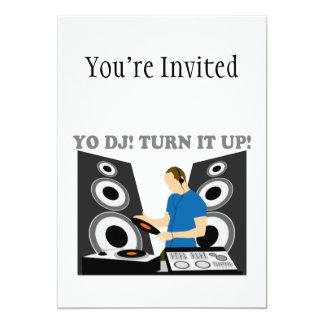 """Yo DJ, le da vuelta para arriba Invitación 5"""" X 7"""""""