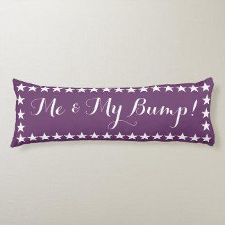 Yo y mi almohada púrpura larga del topetón