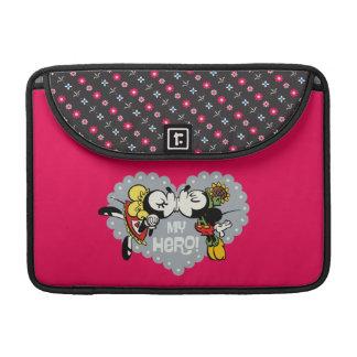 Yodelberg Mickey el | Minnie y beso de Mickey Fundas Macbook Pro