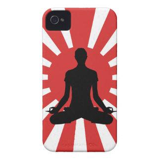 Yoga 4 del sol naciente iPhone 4 Case-Mate cárcasa