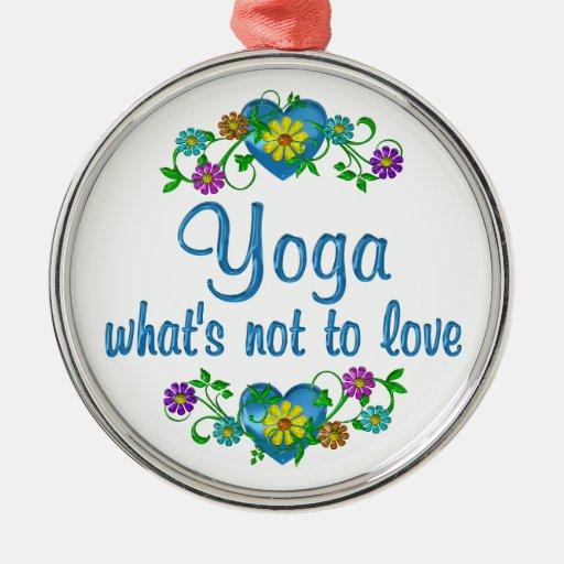 Yoga al amor adorno redondo plateado