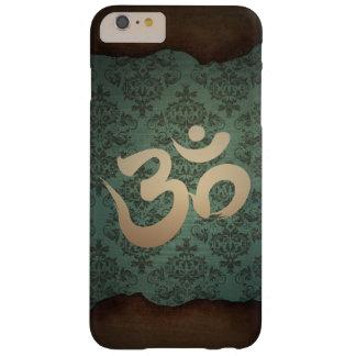 Yoga antigua del símbolo de OM del oro del damasco Funda Para iPhone 6 Plus Barely There