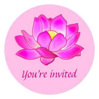 """Yoga de la fiesta de cumpleaños con la flor de invitación 5.25"""" x 5.25"""""""