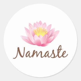 Yoga de la flor de Namaste Lotus Pegatina Redonda