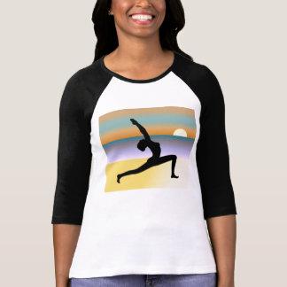 Yoga de la playa 3 4 top de las señoras del raglán