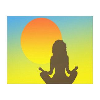 Yoga de la puesta del sol lona estirada galerias