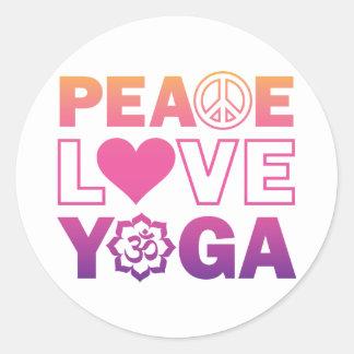 Yoga del amor de la paz pegatina redonda