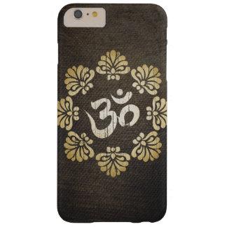Yoga elegante del símbolo de OM del oro del Grunge Funda Barely There iPhone 6 Plus