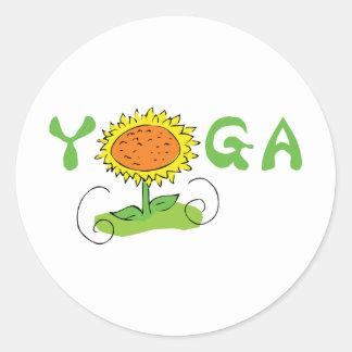 Yoga linda pegatina redonda