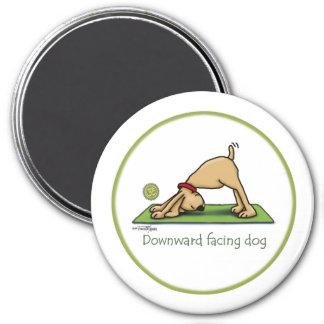 Yoga - perro boca abajo imán para frigorífico