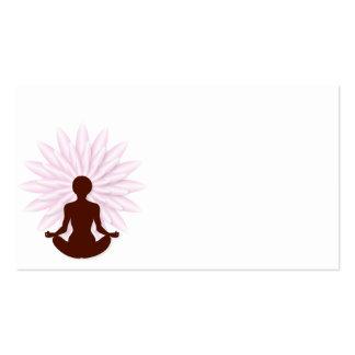 Yoga practicante de la chica joven tarjetas de visita
