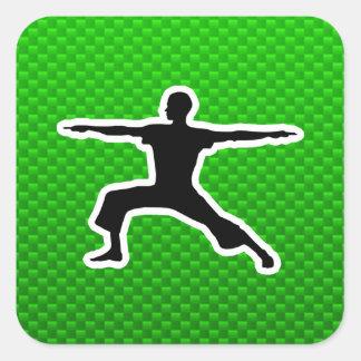 Yoga verde pegatina cuadrada