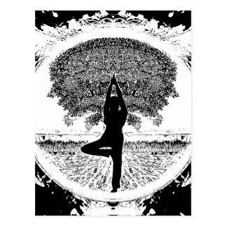 Yoga y árbol de la vida tarjeta postal