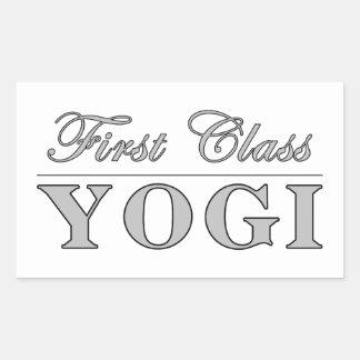 Yoga y yoguis: Yogui de la primera clase Pegatina