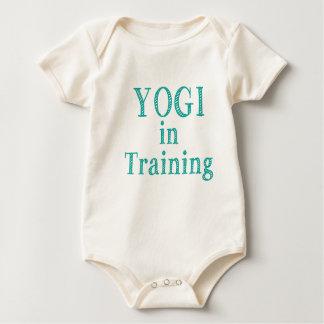 Yogui en el entrenamiento mamelucos