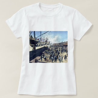 Yokohama Harbor Japan Vintage Shipping 横浜港 T Shirt