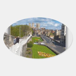 York empareda la iglesia de monasterio pegatina ovalada