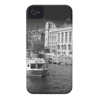 York Guildhall with river boat Case-Mate iPhone 4 Cases